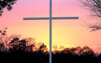 Pensando en la cruz